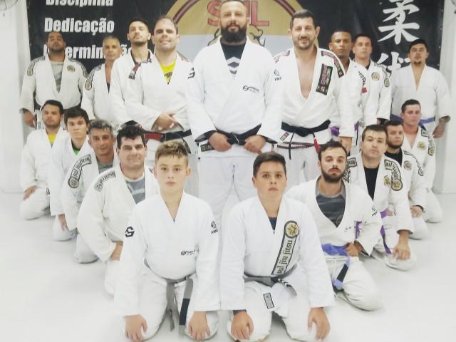 Sul Jiu Jitsu – Arte suave no bairro São Vicente de Paula em Cachoeirinha